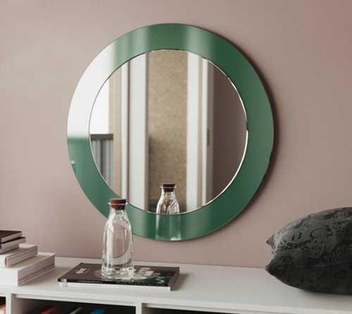 تاثیر نور در آینه رنگی