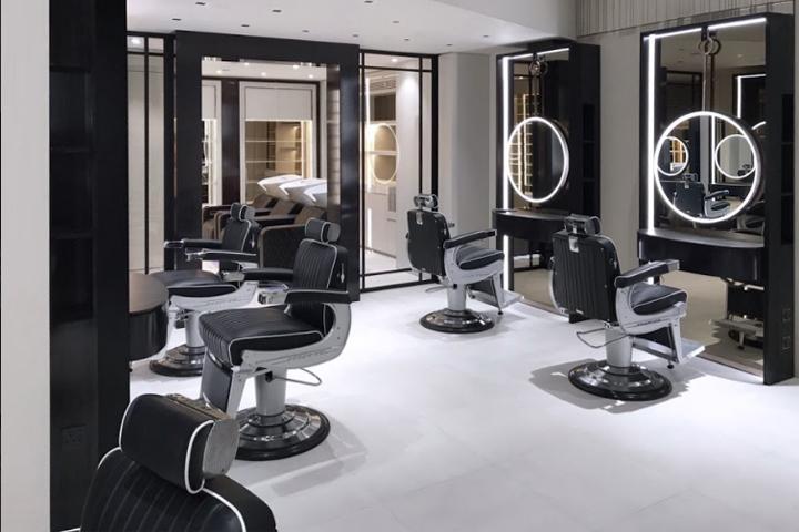 کاربرد شیشه و آینه در آرایشگاه های مردانه