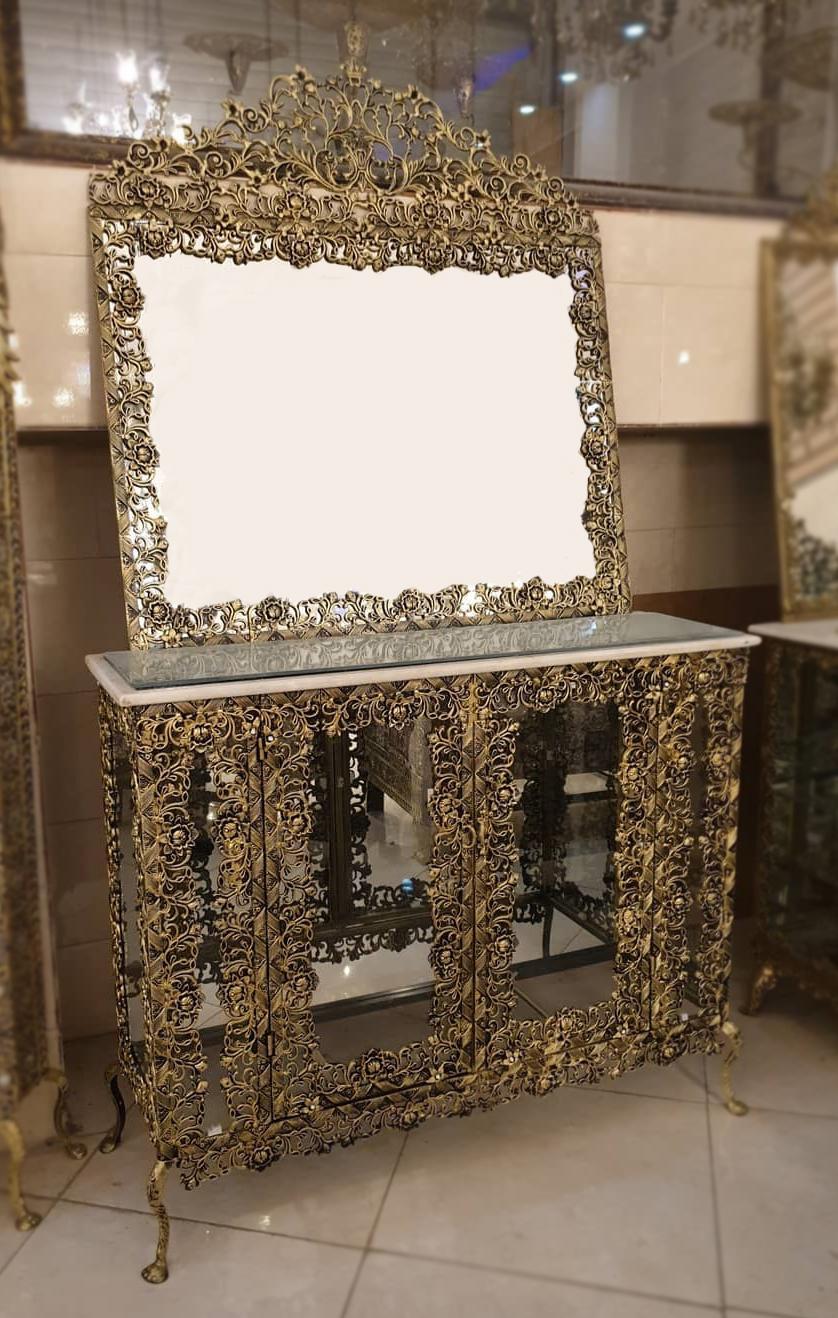 ویژگی های آینه کنسول برنز