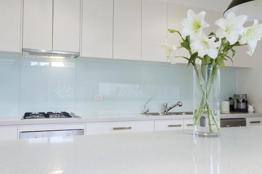 نقش شیشه لاکوبل در دکوراسیون منزل