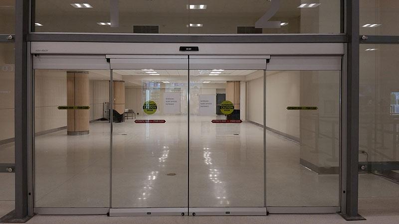انواع درب های شیشه ای اتوماتیک