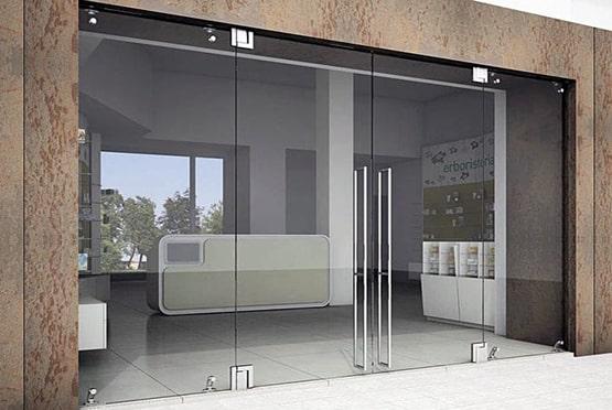 اقدامات نصب شیشه های سکوریت