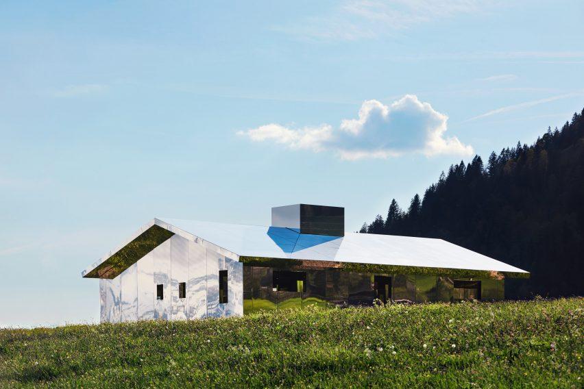 کاربرد آینه و شیشه در کشور سوئیس