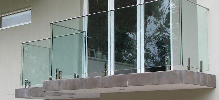نوع شیشه مناسب برای بالکن ها