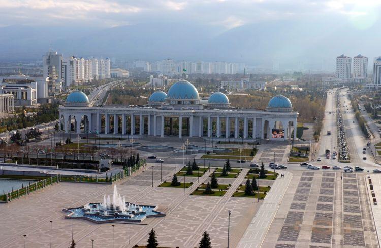 کاربرد آینه و شیشه در کشور ترکنستان
